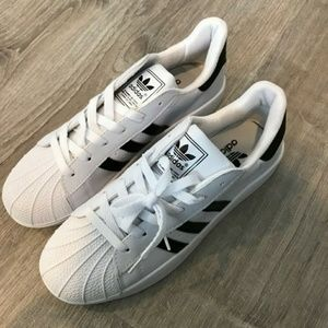 Adidas Men's 8.5 White Athletic Shoes Sneakers New